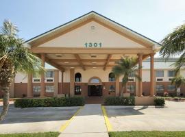 Americas Best Value Inn Pharr/McAllen, hotel cerca de Aeropuerto internacional de McAllen - Miller - MFE, Pharr