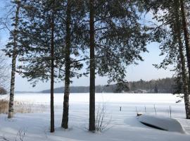 Secret Lake Cottage, hotel in Lahti