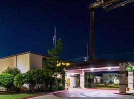 Quality Inn University near Downtown, hotel in San Marcos