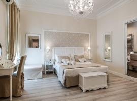 Charme & Chic Luxury, luxury hotel in Rome