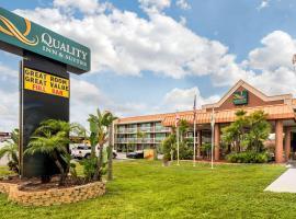 Quality Inn & Suites Tarpon Springs South, hotel near Wall Springs Park, Tarpon Springs