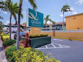 Quality Inn & Suites Hollywood Boulevard, hotel em Hollywood