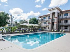 Quality Inn & Suites By the Parks, hotel in Orlando