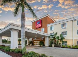 Comfort Suites Sarasota-Siesta Key, budget hotel in Sarasota