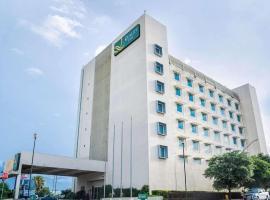 Quality Inn Monterrey La Fe, hotel near Monterrey International Airport - MTY, Monterrey