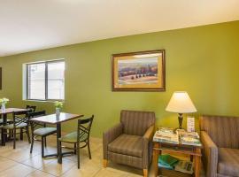Rodeway Inn & Suites Kearney, hotel in Kearney