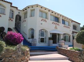 Hotel 3 Botti, hotel in Baja Sardinia