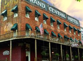 Grand Central Hotel, hotel in Eureka Springs