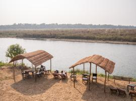 Jungle Wildlife Camp, lodge in Sauraha