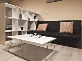 AURORA, apartment in Artemida