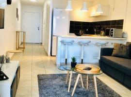 Appartement Au Bord de l'Eau, hotel in Le Moule