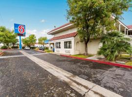 Motel 6-Kingman, AZ - Route 66 East, hotel sa Kingman