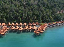 Berjaya Langkawi Resort, hotel with jacuzzis in Pantai Kok