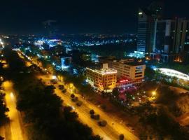 Envoy Continental Hotel, hotel near Pakistan Monument Museum, Islamabad