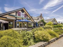 Quality Inn Waddling Dog, hotel near Glen Meadows Golf & Country Club, Saanichton