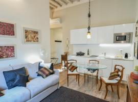 Oltrarno Sweet Rose with C0VID19 PRECAUTIONS, apartment in Florence