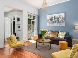 Beaumont Cottages 10, villa in Cape Town