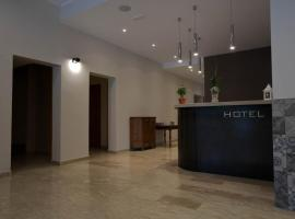 Onorati Hotel, מלון בPriverno
