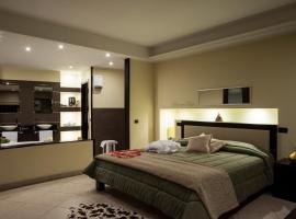 Manhattan Village Hotel, hotel a Sulmona