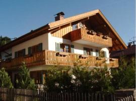 ALPENFREUND, pet-friendly hotel in Mittenwald
