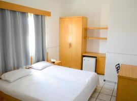 Hotel Villa Real, отель в городе Собрал