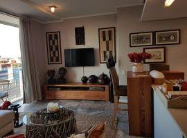 Harbour Bridge Suite 220, hotel near CTICC, Cape Town