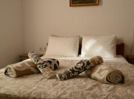 Hermes Apartment-2, pet-friendly hotel in Nafplio