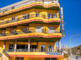 Hotel Iberico, hotel a Castell de Ferro