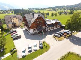Hotel Neuwirt, hotel in Ramsau am Dachstein