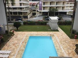 Apto 2suítes 30m da praia, hotel near Praia Brava Beach, Florianópolis