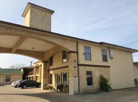 Pinn Road Inn and Suites Lackland AFB and Seaworld, motel in San Antonio
