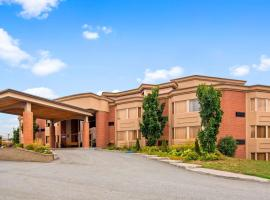 Best Western Laval-Montreal & Conference Centre, hotel near Carrefour Laval, Laval
