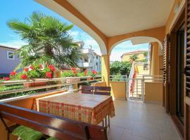 Alenka, hotel near Novigrad Bus Station, Novigrad Istria