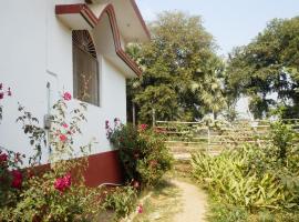 Senamura Yoga Ashram Guesthouse, room in Bodh Gaya