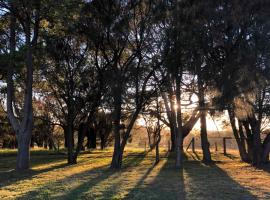 Banksia Park Estate, hotel near Phillip Island Chocolate Factory, Phillip Island