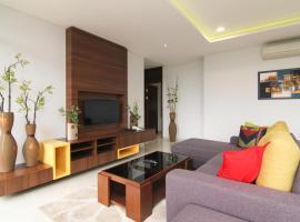 Rozelle by d'best hospitality, hotel near Dusun Bambu, Cituja