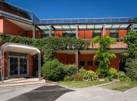 Hotel Due Laghi, hotel near Monte Bondone, Padergnone