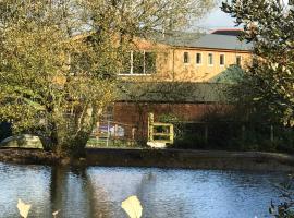 Godshill Park Barn, hotel near The Isle of Wight Donkey Sanctuary, Ventnor