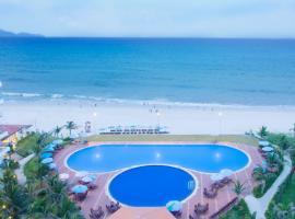 Golden Peak Resort & Spa, khách sạn ở Cam Ranh