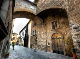 Istituto SS Salvatore, bed & breakfast a Orvieto