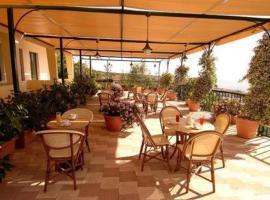 Hotel Eden Riviera, hotell i Aci Trezza