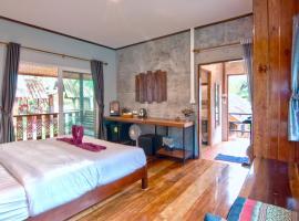 Rapala Rock Wood Resort, hotel in Railay Beach