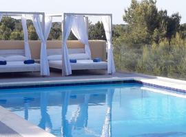 Villa Casely, hotel near Amnesia Ibiza, San Antonio