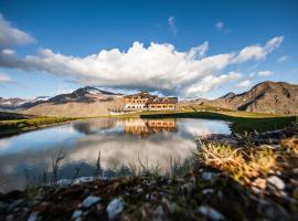 Sunny Valley Mountain Lodge, hotel poblíž významného místa Golf Club Bormio, Bormio