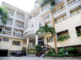 Ha Trinh Hotel, hotel with jacuzzis in Bien Hoa