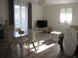 BdB nid douillet au rdc rando ressourçante, apartment in Bagnères-de-Bigorre