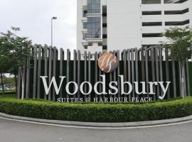 Woodsbury Suites near Penang Sentral 2 Bedrooms, apartment in Butterworth