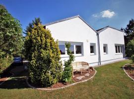 Ferienhaus Vera, Hotel in der Nähe von: Schönfelder Traumschloss, Moritzburg