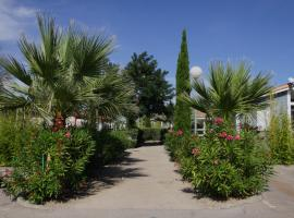 Camping Hameau Des Cannisses, campground in Gruissan