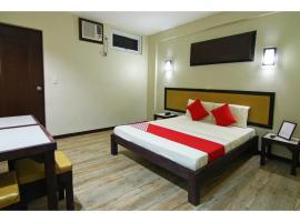 OYO 110 Asiatel Hotel، فندق في مانيلا